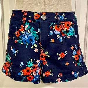 SO Authentic American Herirage Floral Shorts